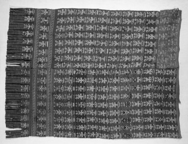 Chimú. Loincloth Fragment, 1000-1400. Cotton, camelid fiber, 43 5/16 x 25 3/8in. (110 x 64.5cm). Brooklyn Museum, Gift of the Ernest Erickson Foundation, Inc., 86.224.68. Creative Commons-BY