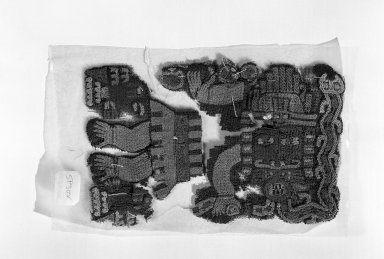 Nasca (Attrib.  by N. Kajitani 1993). Textile or Mantle Fragment, 200-600. Cotton, camelid fiber, 3 3/4 x 5 1/2 in. (9.5 x 14 cm). Brooklyn Museum, Gift of the Ernest Erickson Foundation, Inc., 86.224.97. Creative Commons-BY