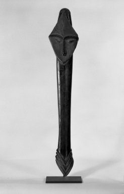 Brooklyn Museum: Club Fragment