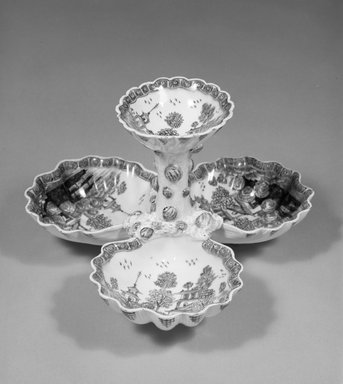 Bow Porcelain Factory. Sweetmeat Dish, ca. 1760. Porcelain, 5 x 8 x 8 in. (12.7 x 20.3 x 20.3 cm). Brooklyn Museum, Designated Purchase Fund, 86.3. Creative Commons-BY