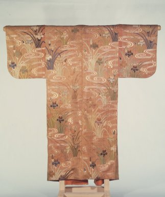 No Robe, 18th century. gold float-weave silk, 60 x 58 in. (152.4 x 147.3 cm). Brooklyn Museum, Gift of Dr. and Mrs. Raymond Sackler, 86.83