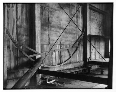Daniel Kazimierski (Canadian, born 1949). Hoboken Ferry Terminal. Platinum print Brooklyn Museum, Gift of the artist, 87.154. © Daniel Kazimierski