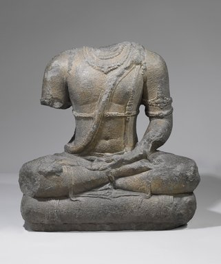 Seated Divinity, 9th century. Volcanic stone, 26 3/8 x 16 15/16 x 26 3/8 in., 390 lb. (67 x 43 x 67 cm, 176.9kg). Brooklyn Museum, Gift of Georgia and Michael de Havenon, 87.188.9. Creative Commons-BY