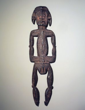 Kiwai. Standing Figure, late 19th or early 20th century. Wood, pigment, 23 1/2 x 6 1/2 x 2 in. (59.7 x 16.5 x 5.1 cm). Brooklyn Museum, Gift of Marcia and John Friede and Mrs. Melville W. Hall, 87.218.2. Creative Commons-BY