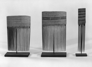 Comb. Bamboo, 5 x 7/8 in. (12.7 x 2.2 cm). Brooklyn Museum, Gift of Marcia and John Friede and Mrs. Melville W. Hall, 87.218.84. Creative Commons-BY