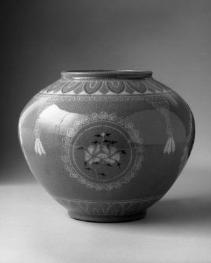 Kyung-hee Lee (Korean, born 1925). Inlaid Celadon Jar, 1986. Porcelain with glaze, 8 1/2 x 10 in.  (21.6 x 25.4 cm). Brooklyn Museum, Gift of Dr. Kyung-hee Lee, 87.81.2. Creative Commons-BY