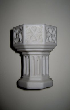 Worcester Royal Porcelain Co. (founded 1751). Holy Water Font, ca. 1877. Porcelain, height: 2 5/8 in. (6.7 cm); diameter: 2 5/8 in. (6.7 cm). Brooklyn Museum, Gift of Rosemarie Haag Bletter and Martin Filler, 2000.127.7. Creative Commons-BY