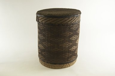 Kongo. Round Basket with Cover, late 19th century. Vegetable fiber, wood, 11 in. (27.9 cm). Brooklyn Museum, Brooklyn Museum Collection, 00.65a-b. Creative Commons-BY