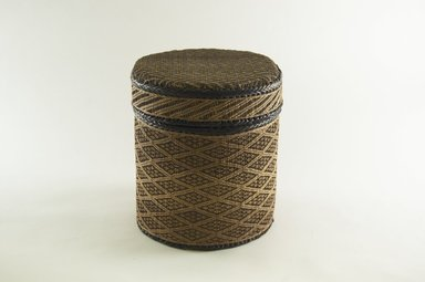 Kongo. Round Basket with Cover, late 19th century. Vegetable fiber, wood, 9 1/2 x 7 5/8 in. (24.2 x 19.4 cm). Brooklyn Museum, Brooklyn Museum Collection, 00.68a-b. Creative Commons-BY