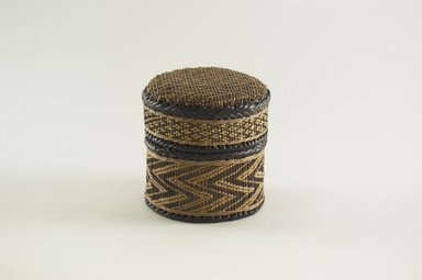 Kongo. Small Round Basket with Cover, late 19th century. Vegetable fiber, wood, 4 5/16 in. (11.0 cm). Brooklyn Museum, Brooklyn Museum Collection, 00.69a-b. Creative Commons-BY