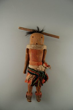 She-we-na (Zuni Pueblo) (Native American). Kachina Doll (Wi-ha Ya-mu-hak-do), late 19th century. Wood, pigments, hair, cotton, wool, hide, sinew, 12 x 3 1/2 x 4 in. (30.5 x 8.9 x 10.2 cm). Brooklyn Museum, Museum Expedition 1903, Museum Collection Fund, 03.325.3204. Creative Commons-BY