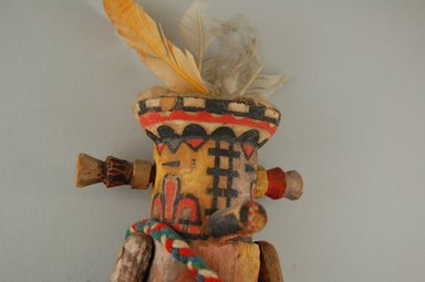 She-we-na (Zuni Pueblo) (Native American). Kachina Doll (Muloktakya or Mulok Takya), late 19th century. Wood, paint, yarn, feathers, 8 1/4 x 4 x 3 1/8 in. (21 x 10.2 x 7.9 cm). Brooklyn Museum, Museum Expedition 1903, Museum Collection Fund, 03.325.4633. Creative Commons-BY
