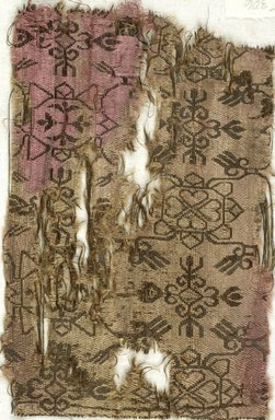 Coptic. Oblong Fragment of Silk in Patterned Twill Weave, 6th-7th century C.E., or later. Silk, 7 3/4 x 5 in. (19.7 x 12.7 cm). Brooklyn Museum, Charles Edwin Wilbour Fund, 05.306. Creative Commons-BY