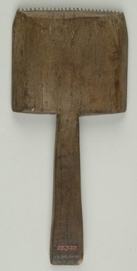 Wooden Weaver's Comb Undecorated with Teeth On One Side Only. Wood, 6 5/8 in. (16.8 cm). Brooklyn Museum, Charles Edwin Wilbour Fund, 05.330. Creative Commons-BY