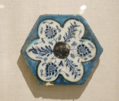 Hexagonal Tile, mid 15th century. Ceramic; fritware, painted in cobalt blue, turquoise, and manganese purple under a transparent glaze, 6 3/4 x 13/16 x 6 3/4 in. (17.1 x 2 x 17.1 cm). Brooklyn Museum, Museum Collection Fund, 07.176. Creative Commons-BY