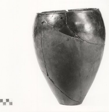 Ovoid Jar. Clay, 11 1/8 x Diam. 7 3/4 in. (28.3 x 19.7 cm). Brooklyn Museum, Charles Edwin Wilbour Fund, 07.447.326. Creative Commons-BY