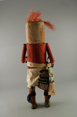 She-we-na (Zuni Pueblo) (Native American). Kachina Doll (Uhuhu), late 19th century. Wood, feather, cotton, pigment, 14 3/16 x 5 1/16 x 3 11/16in. (36 x 12.8 x 9.4cm). Brooklyn Museum, Museum Expedition 1907, Museum Collection Fund, 07.467.8406. Creative Commons-BY
