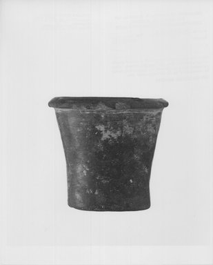 Cylindrical Vase, ca. 3100 – 2675 B.C.E. Terracotta, 2 13/16 x Diam. 3 1/16 in. (7.1 x 7.8 cm). Brooklyn Museum, Charles Edwin Wilbour Fund, 09.889.456. Creative Commons-BY