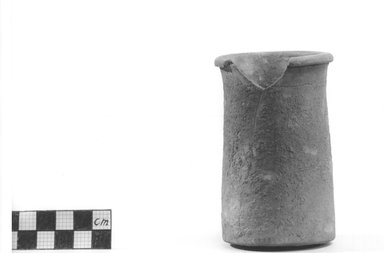 Small Cylindrical Vase. Terracotta, 3 3/4 x 2 3/16 in. (9.5 x 5.5 cm). Brooklyn Museum, Charles Edwin Wilbour Fund, 09.889.478. Creative Commons-BY
