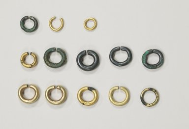 Brooklyn Museum: Earring, 1 of 6