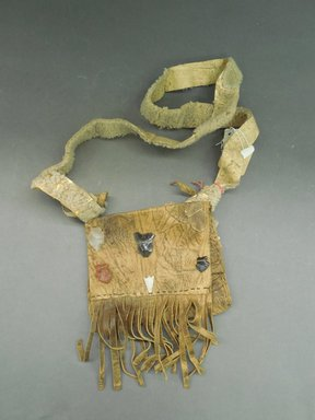 Ka'waika (Laguna Pueblo) (Native American). Shepherd's Bag, late 19th-early 20th century. Hide, stone, sheepskin, wool, bag: 5 x 6 1/4 in. (12.7 x 15.9 cm). Brooklyn Museum, Purchased with funds given by Herman Stutzer, 10.229.2. Creative Commons-BY