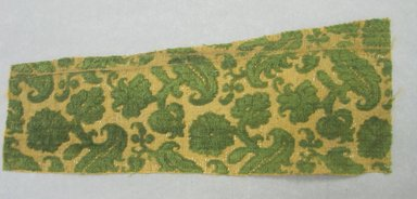 Piece of Fabric, 16th century. Silk, silk velvet, silver gilt thread, 11 x 4 1/8 in. (28.0 x 10.4 cm). Brooklyn Museum, Purchased by Special Subscription, 11.108