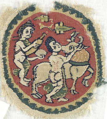 Coptic. Roundel, 6th-7th century C.E. Flax, wool, 4 3/4 x 3 7/8 in. (12.1 x 9.8 cm). Brooklyn Museum, Gift of the Egypt Exploration Fund, 15.429. Creative Commons-BY