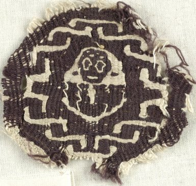 Coptic. Tapestry Weave, 5th-6th century C.E. Flax?, wool, 2 3/4 x 2 3/4 in. (7 x 7 cm). Brooklyn Museum, Gift of the Egypt Exploration Fund, 15.442. Creative Commons-BY