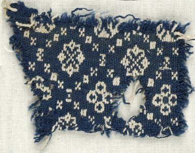 Coptic. Plain Cloth With Brocade Weave, 6th century C.E. Flax, wool, 1/2 x 4 in. (1.3 x 10.2 cm). Brooklyn Museum, Gift of the Egypt Exploration Fund, 15.444g. Creative Commons-BY