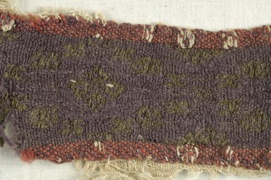 Coptic. Woven Strip, 6th century C.E. Flax, wool, 5 1/2 x 9 1/2 in. (14 x 24.1 cm). Brooklyn Museum, Gift of the Egypt Exploration Fund, 15.473. Creative Commons-BY