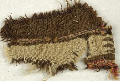 Coptic. Specimen of Woolen Weave, 5th-6th century C.E. Wool, 2 x 5 in. (5.1 x 12.7 cm). Brooklyn Museum, Gift of the Egypt Exploration Fund, 15.475x. Creative Commons-BY