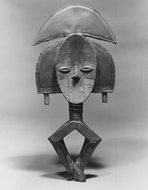 Kota. Reliquary Guardian Figure (Mbulu Ngulu), late 19th century. Wood, copper, brass, 20 1/4 x 8 3/4 x 2 1/4in. (51.4 x 22.2 x 5.7cm). Brooklyn Museum, The Adolph and Esther D. Gottlieb Collection, 1989.51.2. Creative Commons-BY