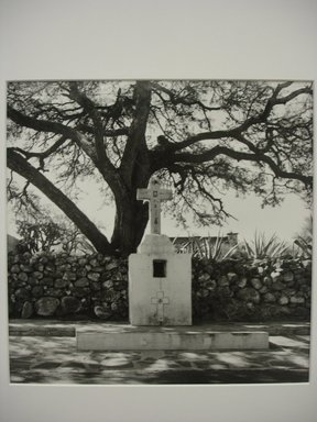 Renata von Hanffstengel (Mexican, born Germany 1934). Requiem for Juan Rulfo, 1985. Gelatin silver photograph, image: 10 1/2 x 10 1/2 in. (26.7 x 26.7 cm). Brooklyn Museum, Gift of Marcuse Pfeifer, 1990.119.25. © Renata von Hanffstengel