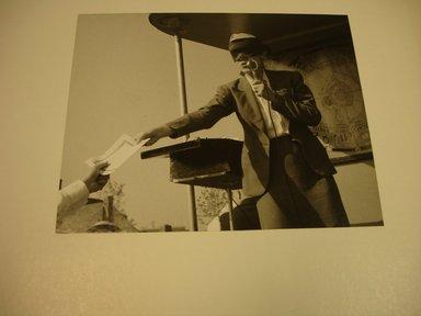 John Albok (American, born Hungary, 1894-1982). World's Fair 1939, Amusement Area (Mind Reader), 1939. Gelatin silver photograph, 7 3/4 x 9 1/2 in. (19.7 x 24.1 cm). Brooklyn Museum, Gift of Ilona Albok Vitarius, 1990.122.1. © Estate of John Albok