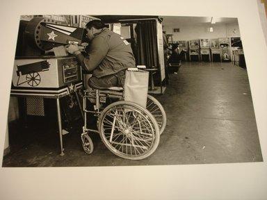 Ken Graves (American, born 1942). Arcade, Playland, San Francisco, 1971. Gelatin silver photograph, image: 7 9/16 x 11 1/4 in. (19.2 x 28.6 cm). Brooklyn Museum, Frank Sherman Benson Fund, 1990.127.2. © Ken Graves