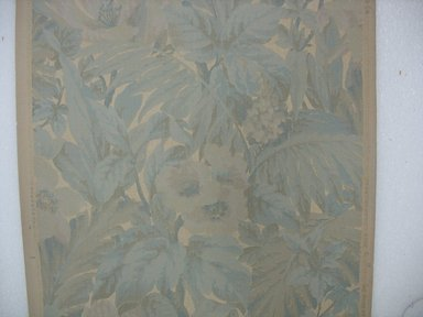 "Robert Graves Co.. Wallpaper, first half of 20th century. Printed paper, Width: 19 1/2"". Brooklyn Museum, Gift of Edwin Ward Bitter, Robert Bitter, Mark Bitter, and Therese Bitter Cook, 1992.153.46a-b"