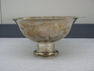 Peter Muller-Munk (American, born Germany, 1904-1967). Footed Bowl. Silver, 4 5/16 x 9 in. (11 x 22.9 cm). Brooklyn Museum, Gift of Denis Gallion and Daniel Morris, 1992.270.3. Creative Commons-BY
