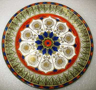 Royal Doulton & Co. (1815-Present). Dinner Plate, Cyprus Pattern, early 20th century. Glazed earthenware with transfer printed decoration, height: 1 1/8 in. (2.8 cm). Brooklyn Museum, Gift of Paul F. Walter, 1993.113.40. Creative Commons-BY