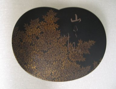 Tiered Incense Container, 19th century. Maki-e lacquer, height: 1 7/8 in. (4.8 cm). Brooklyn Museum, Gift of Freda Diamond, 1996.121.3a-c. Creative Commons-BY