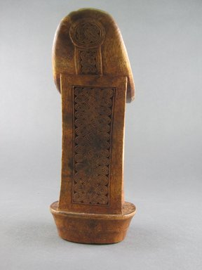 Somali. Headrest, 20th century. Wood, 7 x 6 in.  (17.8 x 15.2 cm). Brooklyn Museum, Gift of Donna Klumpp Pido, 1996.204.1. Creative Commons-BY