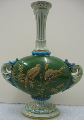 Worcester Royal Porcelain Co. (founded 1751). Vase, ca. 1900. Porcelain, 8 3/4 x 6 3/4 x 3 in. (22.2 x 17.1 x 7.6 cm). Brooklyn Museum, Gift of the Estate of Harold S. Keller, 1999.152.225. Creative Commons-BY