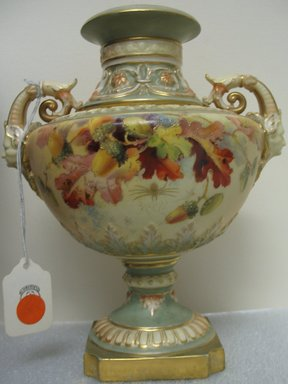 Worcester Royal Porcelain Co. (founded 1751). Vase, 1891. Porcelain, 8 5/8 x 7 3/8 x 6 1/4 in. (21.9 x 18.7 x 15.9 cm). Brooklyn Museum, Gift of the Estate of Harold S. Keller, 1999.152.236. Creative Commons-BY