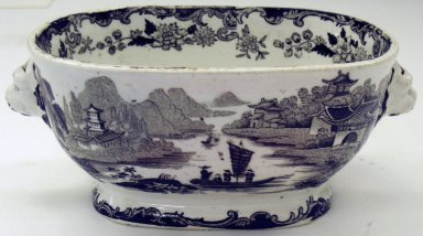 Brooklyn Museum: Sauce Boat and Cover