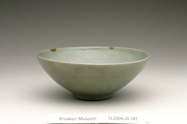 Bowl, 12th century. Stoneware with celadon glaze, Height: 2 5/16 in. (5.8 cm). Brooklyn Museum, The Peggy N. and Roger G. Gerry Collection, 2004.28.168. Creative Commons-BY