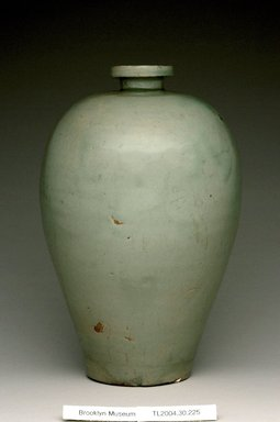 Vase, late 11th-12th century. Stoneware with celadon glaze, Height: 10 1/4 in. (26.1 cm). Brooklyn Museum, The Peggy N. and Roger G. Gerry Collection, 2004.28.247. Creative Commons-BY