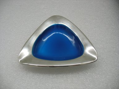 Milton P. Hannah (American, born 1927). Ash Tray, designed 1958, manufactured 1962-1972. Silver-plate, enamel, 1 13/16 x 5 1/8 x 5 1/8 in. (4.6 x 13 x 13 cm). Brooklyn Museum, Gift of Jewel Stern, 2010.29.3. Creative Commons-BY