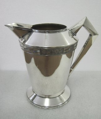 "Albert F. Saunders (1878-1964). Pitcher, ""Modernistic"" Line, 1928. Silverplate, 8 1/4 x 9 x 8 in. (21 x 22.9 x 20.3 cm). Brooklyn Museum, Gift of Ravi R. Mathura in memory of Milo, 2011.82. Creative Commons-BY"