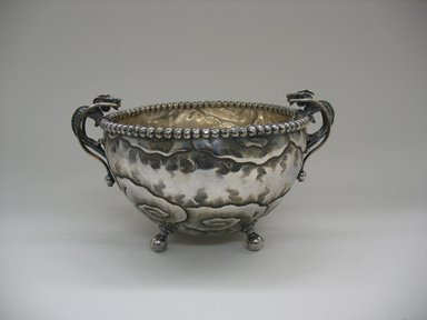 Derby Silver Company. Bowl, ca. 1880. Silverplate, 5 1/2 x 10 x 7 1/4 in. (14 x 25.4 x 18.4 cm). Brooklyn Museum, Gift of Sarah Eigen, 2012.60.1. Creative Commons-BY