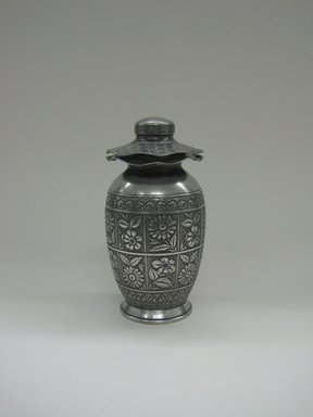 Hartford Silver Plate Co.. Urn, 1875-1885. Silverplate, approx.: 8 x 4 in. (20.3 x 10.2 cm). Brooklyn Museum, Gift of Sarah Eigen, 2012.60.3a-b. Creative Commons-BY