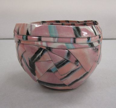 Barbara Cohen. Bowl, 1975. Porcelain, 4 1/2 x 6 1/4 in. (11.4 x 15.9 cm). Brooklyn Museum, Gift of the Florence Duhl Gallery, 2012.87.3. Creative Commons-BY